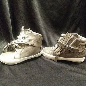 Michael kors infant shoe